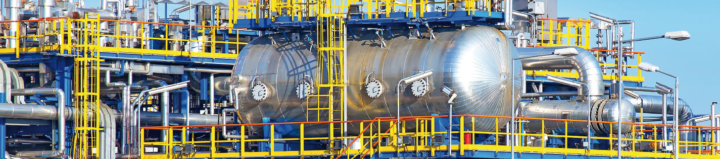 Roll-bonded clad plates in pressure vessels deliver high corrosion resistance and superior strength